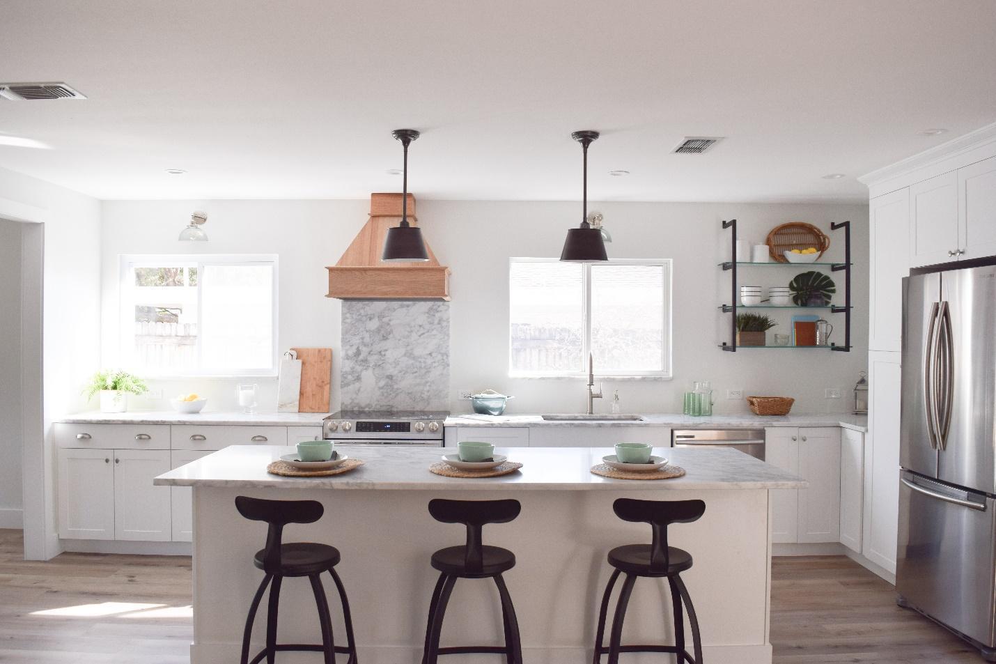 Horizon White Benjamin Moore: Sarasota Florida Interior Design, The Best White Paint Colors
